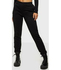 nly trend cozy sweat pants byxor