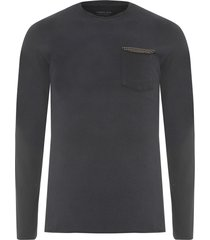 t-shirt masculina pocket spikes - preto
