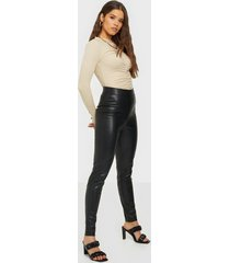 nly trend on point pu pants byxor