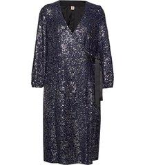 sequins everlee dress dresses wrap dresses blå becksöndergaard