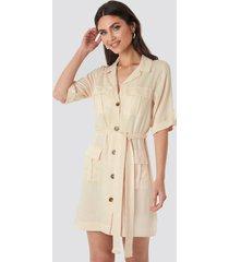 na-kd cargo detail mini dress - beige