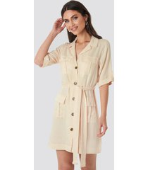 na-kd cargo detail mini dress - beige