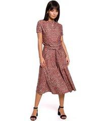 lange jurk be b144 bedrukte uitlopende jurk - zalmroze