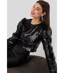 na-kd party heavy sequin puff sleeve blouse - black