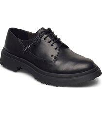 walden snörade skor låga svart camper
