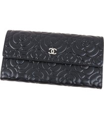 chanel camellia leather long wallet black sz: