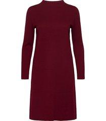 dresses flat knitted knälång klänning röd esprit casual