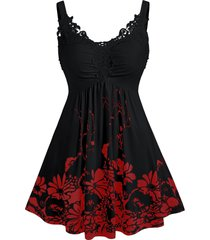 plus size ditsy print sweetheart collar lace panel tank top