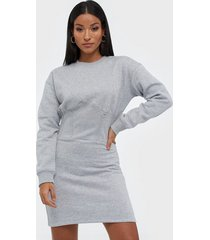 missguided oversized corset sweater dress långärmade klänningar