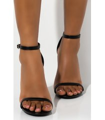 akira cape robbin sweet love chunky sandal heel