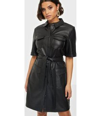 only onlmaylee-mada faux leather dress p loose fit dresses