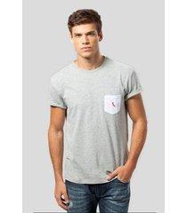 camiseta ms bolso br pica-pau bordado reserva masculina
