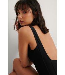 na-kd swimwear baddräkt med djup fyrkantig rygg - black