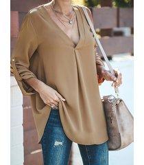 blusa de manga larga con cuello de pico caqui