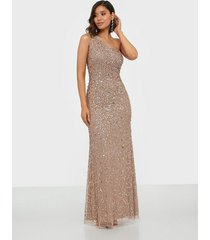 maya all over sequin one shoulder maxi dress maxiklänningar