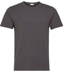 m. lycra tee t-shirts short-sleeved grön filippa k