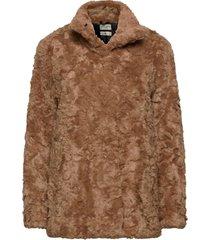 minimal. outerwear faux fur bruin tiger of sweden jeans