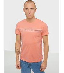 tommy hilfiger corp hilfiger tee t-shirts & linnen coral