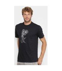 camiseta blunt world mermaid masculina