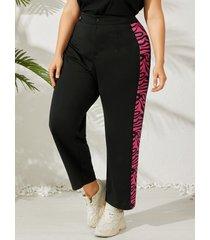 pantalones con diseño de botones a rayas de cebra de talla grande yoins