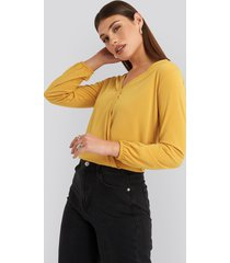na-kd long sleeve overlap blouse - yellow