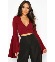 extreme flute sleeve wrap cropped top, berry