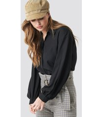 trendyol balloon sleeve shirt - black