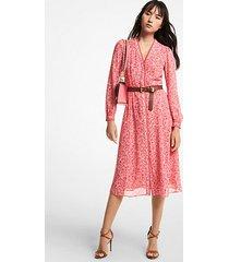 mk abito longuette in georgette con stampa floreale - rosa intenso (rosa) - michael kors