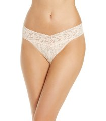 women's hanky panky occasions original rise thong, size one size - white