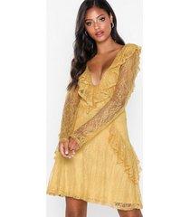 nly eve lace flounce ls dress skater dresses
