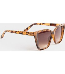 natalie ombré lens cat eye sunglasses - tortoise