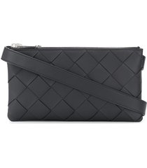 bottega veneta intrecciato maxi-weave messenger bag - black