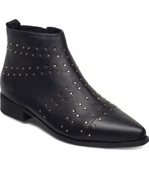 stb-miho zip studs l shoes boots ankle boots ankle boot - flat svart shoe the bear