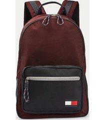 tommy hilfiger men's colorblock flag backpack deep burgundy -