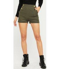 shorts de talle alto con diseño de botones verdes
