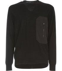 les hommes round neck sweater w/ nylon pocket