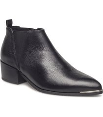 karen low shoes boots ankle boots ankle boots with heel svart pavement