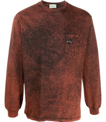 aries patch-pocket stonewashed sweatshirt - red