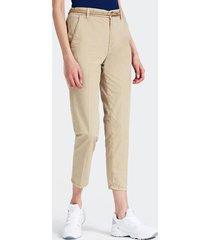 chinosy model trouser