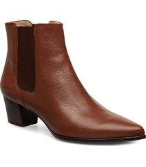 jiste_f19_na shoes boots ankle boots ankle boots with heel brun unisa