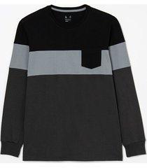 camiseta regular fit com blocos de cor degradê