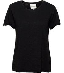 09 the otee t-shirts & tops short-sleeved svart my essential wardrobe