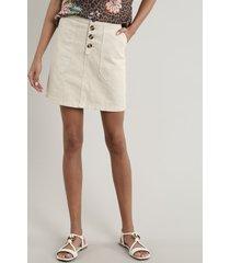 saia de sarja feminina curta com bolsos e botões bege