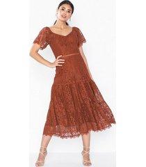 nly eve crochet flounce dress loose fit