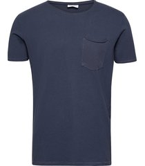 washed tee w?. pocket s/s t-shirts short-sleeved blå lindbergh