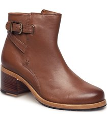 clarkdale jax shoes boots ankle boots ankle boots with heel brun clarks