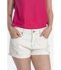 shorts jeans canal delavê claro