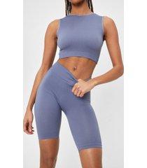 womens seamless nights crop top and biker shorts set - grey