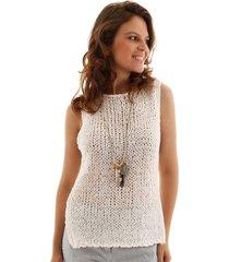 blusa sem manga crochê reta com barra assimetrica branca aha