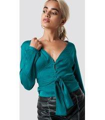 na-kd button tie waist blouse - green